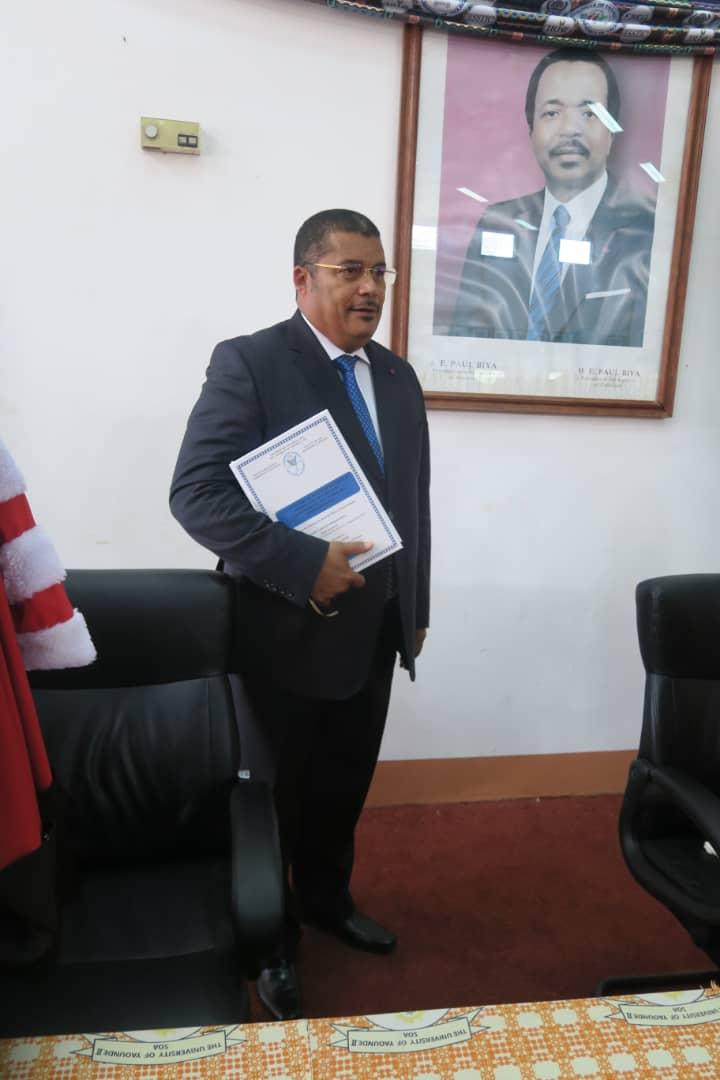 Cameroun: le Colonel Didier Badjeck désormais, Docteur!