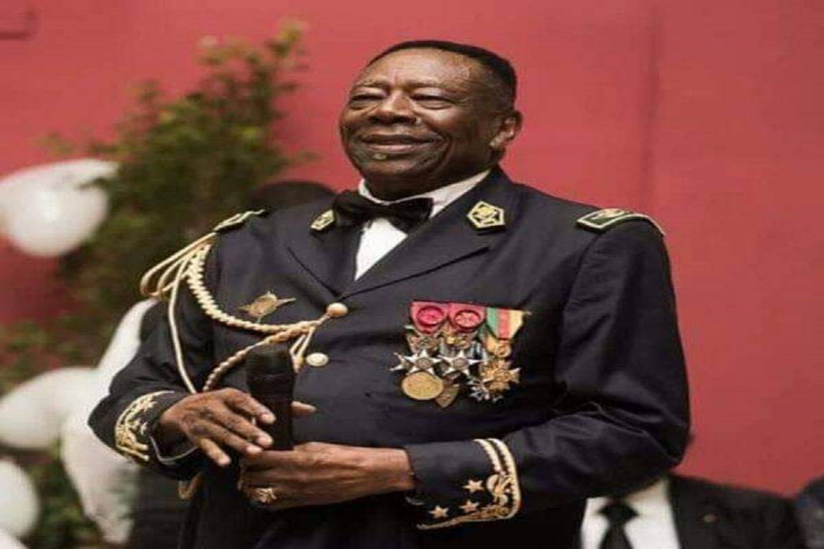 Le Cameroun pleure son Général