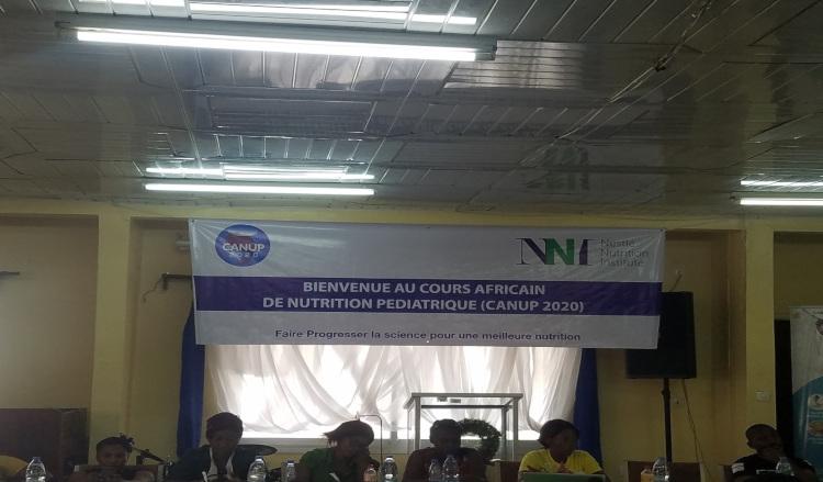 Nestlé: un renfort pour le personnel de santé au Cameroun