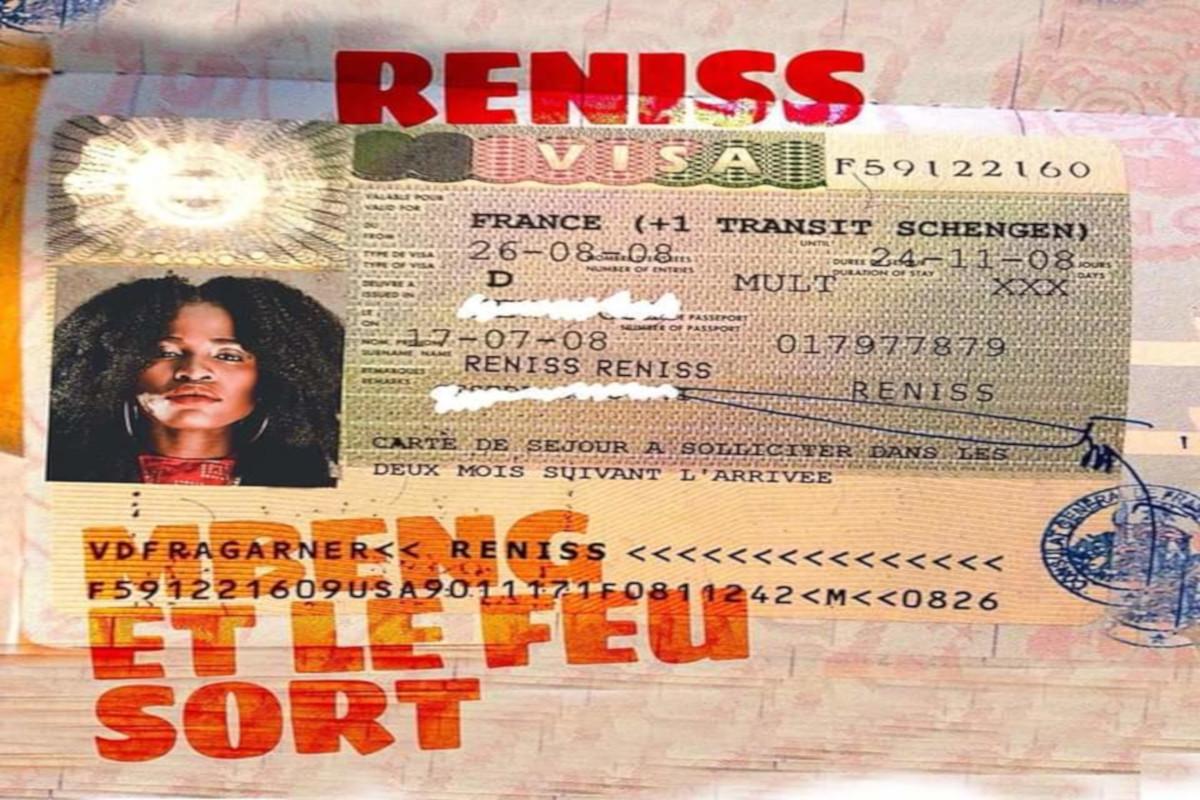 Reniss - Mbeng Et Le Feu Sort